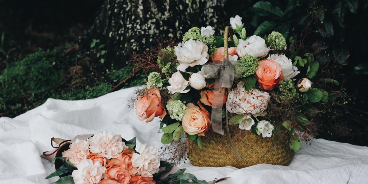 Cvetje v košari za pred grob